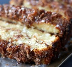 Cinnamon Swirl Bread with tips for gooey center mangiodasola.com