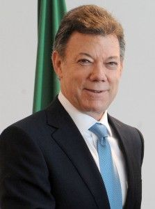 The President Of Colombia Juan Manuel Santos Supports Marriage Equality Twitter For Business, Current President, Z New, Nobel Peace Prize, Head Of State, Blog Images, Presidential Candidates, South America, Equality