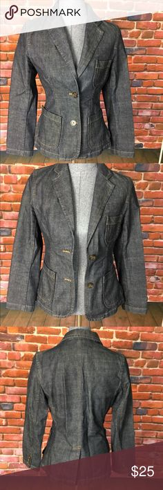 GAP Dark Denim Blazer GAP Dark Denim Blazer  Product Details: *Denim Blazer with Front button closure *2 Front patch pockets at waist and one chest pocket *Button detail on sleeves   Fit and Size: Size 4   Fabric and Care: Machine Washable GAP Jackets & Coats Blazers