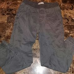 Abercrombie Kids Jogger Great Condition Abercrombie & Fitch Pants Track Pants & Joggers