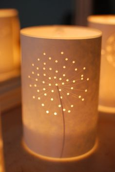 .: Seed Head Candle Light These are so pretty, would totally find a way to make them as some center pieces for my wedding!