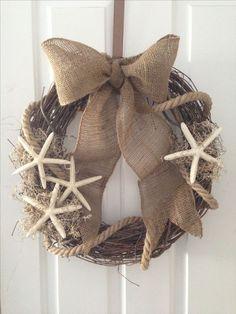 MLK The post Burlap rope starfish summer beach wreath. MLK appeared first on Summer Diy. Coastal Wreath, Nautical Wreath, Seashell Wreath, Seashell Crafts, Beach Crafts, Summer Crafts, Diy Crafts, Beach Wreaths, Winter Wreaths