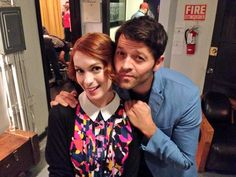From Felicia Day's Twitter: This sucked. #Supernatural200party Felicia Day, Supernatural Jensen, Winchester Boys, Misha Collins, Girl Problems, Destiel, To Youtube, Actors & Actresses, Tv Shows