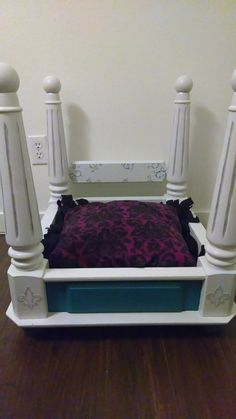 4 Poster Pet Bed on Etsy, $75.00