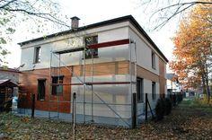 Elewacja z drewna Garage Doors, Shed, Exterior, Outdoor Structures, Outdoor Decor, House, Home Decor, Buildings, Google