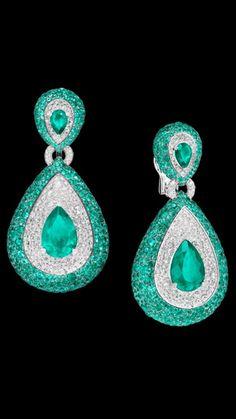 Emerald and diamond earrings by De Grisogono luxury jewelry #Luxurydotcom