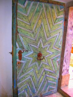 concentric star door