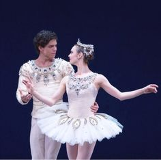 Jurgita Dronina and Isaac Hernandez in Balanchine's Diamonds - Dutch National Ballet