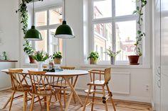 Ikea 'Slähult' dining table