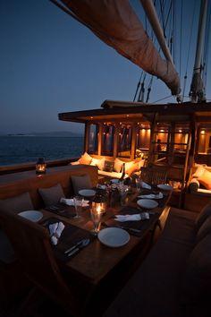 Overwater Bungalows, Beach Bungalows, Catamaran, Small Yachts, Classic Yachts, Luxury Yachts, Luxury Cruises, Private Yacht, Yacht Interior