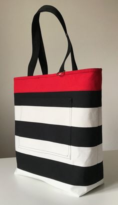Best 12 Shoulderbag, polka dots, black and white, red, kosmetics bag. My work – SkillOfKing. Handbag Patterns, Bag Patterns To Sew, Sewing Patterns, Handmade Handbags, Handmade Bags, Red Tote Bag, Patchwork Bags, Fabric Bags, Brown Bags