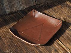 Leather Valet Tray #Brown  by ES Corner www.es-corner.com
