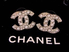 AUTH CHANEL CC Pearl Earrings Iconic 06A Collection Pierced Classic MPRS #Chanel #Stud