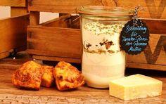 Tomaten Pinienkern Parmesan Muffins als Backmischung im Glas