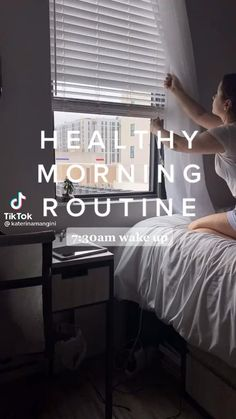 Morning Routine School, Healthy Morning Routine, Night Routine, Routine Planner, Teen Life Hacks, Get My Life Together, Feel Good Videos, Healthy Lifestyle Motivation, Self Care Activities