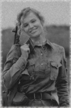 russian_female_soldier_8__ww2_by_uniformfan-d5r4kfv-1.jpg (590×901)