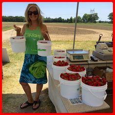 🍓Strawberry Fields Forever ❤️🍓🍓🍓🍓🍓🍓Great day picking Organic Strawberries today 🌞🍃🍓🍃🍓🌞🍃🍓🌞🍓🍓🍃🌞🍓🍃🍓Squirreling for the WINTER! Step Program, Green Gifts, Strawberry Fields, Get Healthy, Strawberries, Organic, Key, Winter, Winter Season