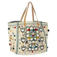 Sac cabas pour l'été tendance 2018. Découvrez toute une sélection de sac Star Mela dans nos boutiques by Johanne
