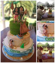 It's Moana Mania of late.  All these figures were hand made and edible 😊😊  #cake #birthdaycake #cakesjhb #bestcakesinjhb #bestcupcakesinjohannesburg #bestcakesinSA #bestcakesintown #disney #moana #moanacake #moanatheme #moanathemecake #besttastingcakes #welovecake #welivecake