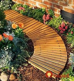 Curved Garden Pathway Portable Roll Out Cedar Wood Walkway Planks Weather Lawn - Phillipp Wakeling Cedar Garden, Wooden Garden, Garden Gates, Concrete Garden, Garden Bed, Wooden Pathway, Wood Walkway, Pebble Walkway Pathways, Glass Walkway
