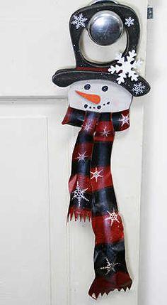 wooden door holiday decorations | ... Wood Snowman Door Hanger - Christmas and Holiday - Primitive Decor