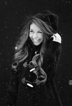 Nice smile :) #beauty #snow #photography #girl #hair #winter #long hair #smile #shot