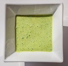Aderezo de lima y yogur. Receta en http://biografiadeunplato.com/aderezos-saludables/