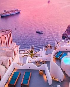 Your Santorini travel guide. The most romantic island in Greece, Santorini offers dazzling vistas, postcard-worthy sunsets, volcanic beaches and much more. Vacation Places, Vacation Destinations, Dream Vacations, Vacation Spots, Turkey Destinations, Vacation Hair, Jamaica Vacation, Vacation Ideas, Maldives Honeymoon