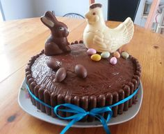 Easter Cake Recipe by Valérie 73 recipe from Desserts & Cake Recept, Torte Recipe, Chocolate Fondant, Love Cake, Easter Recipes, Confectionery, Cake Toppers, Cake Decorating, Food And Drink