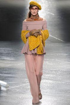 Rodarte Fall 2014 Ready-to-Wear Fashion Show - Iekeliene Stange