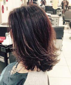 Thick hair is ma… Medium Length Hair Cuts With Layers, Medium Hair Cuts, Long Hair Cuts, Medium Hair Styles, Curly Hair Styles, Medium Layered, Haircuts For Medium Hair, Haircut For Thick Hair, Layered Haircuts