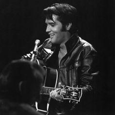 Elvis in 1968 as he mesmerized his audience