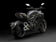 Ducati Diavel Carbon 2016 ©DR