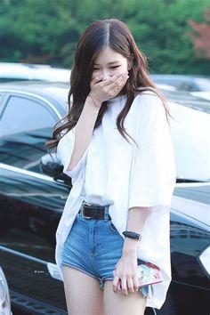 Blackpink and BTS # Fan-Fiction # amreading # books # wattpad Blackpink Fashion, Korean Fashion, Daily Fashion, Forever Young, Asian Woman, Asian Girl, Red Crop Top, Kim Jisoo, Jennie Lisa