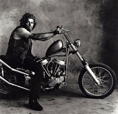member of the Hell's Angels San Francisco chapter photographed by Irving Penn, 1967 #motorcycle #motorbike