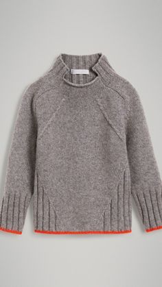 Ditch the slanted cable - but otherwise: interesting lines! Merino Wool Blend Turtleneck Sweater in Mid Grey Knit Fashion, Look Fashion, Knitting Designs, Kind Mode, Sweater Weather, Pulls, Grey Sweater, Baby Knitting, Knitwear