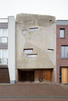 House with faceted concrete facade by Nicky Zwaan and Joris Bouwers #architecture #concrete #residential