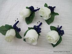 CuSToM MaDe To oRDeR 5 Ivory RoSe BuD BouToNNieReS  Ivory and Navy BLue WeDDiNG FLoWeRS on Etsy, $44.75