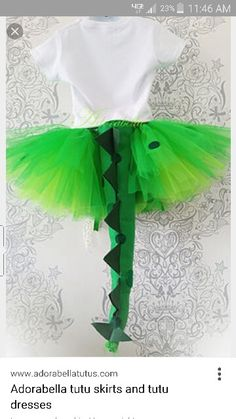 Karneval Handwerk Dinisaurus costume Buying Baby Clothes Online Article Body: Today's parents have m Girl Dinosaur Costume, Girl Dinosaur Birthday, Dinosaur Outfit, Baby Birthday, Birthday Ideas, Diy Costumes, Couple Costumes, Adult Costumes, Costume Ideas