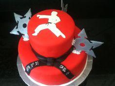 http://1.bp.blogspot.com/-R8P5Ly4ridY/UfpAdJo2_FI/AAAAAAAAAqw/BExlWsR20yk/s1600/Karate+Cake.JPG