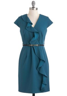 Size 2x, fits more like an XL or 1X... a little loose in the top for me, it is a somewhat limited swap, but the dress is beautiful!  Social Media Mixer Dress, #ModCloth