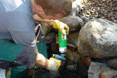Teichbau: Vorsicht an Steinkanten