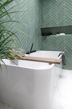 Home Decor Ideas Organizing .Home Decor Ideas Organizing Bathroom Design Small, Bathroom Interior Design, Modern Bathroom, Bad Inspiration, Bathroom Inspiration, Herringbone Tile Pattern, Bathroom Trends, Luxury Decor, Beautiful Bathrooms