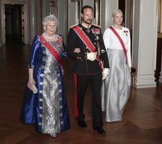 royalwatcher:  Princess Astrid, Crown Prince Haakon and Crown Princess Mette-Marit attended the gala banquet for the Prime Minister of Israel, Norway, May 12, 2014