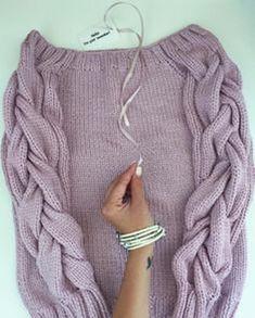 Knitwear Fashion, Knit Fashion, Knitting Designs, Knitting Patterns, Stitch Patterns, Tricot Simple, Jackets For Women, Sweaters For Women, Pulls