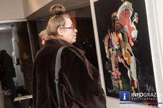 Vernissage JOSEF WURM >non epiphanies< - Galerie Sommer Graz - 22. Oktober 2015   In den Räumlichkeiten der #Galerie #Sommer wurde die Ausstellung des Künstlers #Josef #Wurm am 22.10.2015 eröffnet. Josef Wurm wurde in Fürstenfeld geboren und lebt nun in Graz. #Gesichter und zahme Bestien verwandeln einander unablässig. Wurm malt Gesichter hinter #Masken - #Träume und Trümmer finden sich in seinen Bildern wieder.   #VernissageGalerieSommerGraz #JOSEFWURM