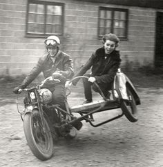 motorcycle sidecar- how fun!