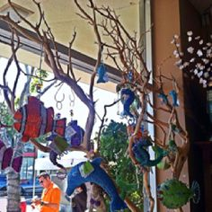 Under the sea decor: take twigs and spray paint them green or purple to look like coral or kelp