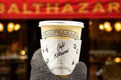 """1,946 kedvelés, 25 hozzászólás – Maison Kitsuné (@kitsune) Instagram-hozzászólása: """"CAFÉ KITSUNÉ IN NYC AT BALTHAZAR ☕️✨ We've got you covered during the Fashion Week by teaming up…"""""""