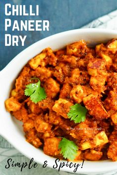 This chilli paneer dry celebrates some of the finest Indian spices. It takes just 30 minutes to make this simple, flavourful delicacy from scratch! Rooted in a traditional style, spice masala is the hero of this preparation. We start by frying the spices Indian Food Recipes, New Recipes, Favorite Recipes, Ethnic Recipes, Sweets Recipes, Easy Dinner Recipes, Easy Meals, Easy Recipes, Paneer Dry Recipe